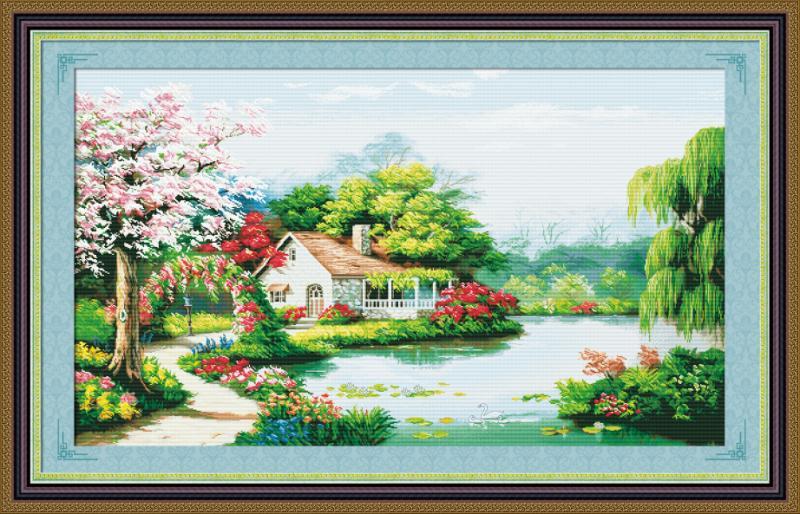 Tranh thêu chữ thập: Ngôi nhà hạnh phúc